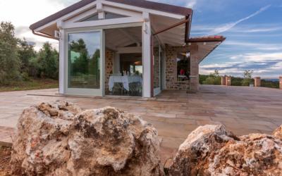 Il legno: un materiale versatile perfetto per una casa ecologica e sicura